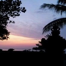 バリ島 やすの海と空とサーフィンと-1334710681799.jpg