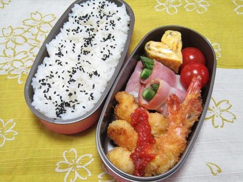 韓国料理研究家・ほんだともみのコリアンワールド-海老フライのサムジャン添え