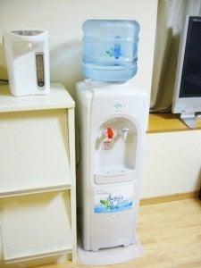 赤ちゃんにアクアクララで作ったミルクをあげる会