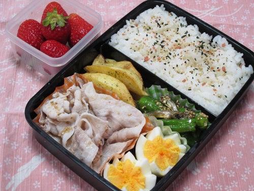 韓国料理研究家・ほんだともみのコリアンワールド-ジャコと獅子唐の炒め物