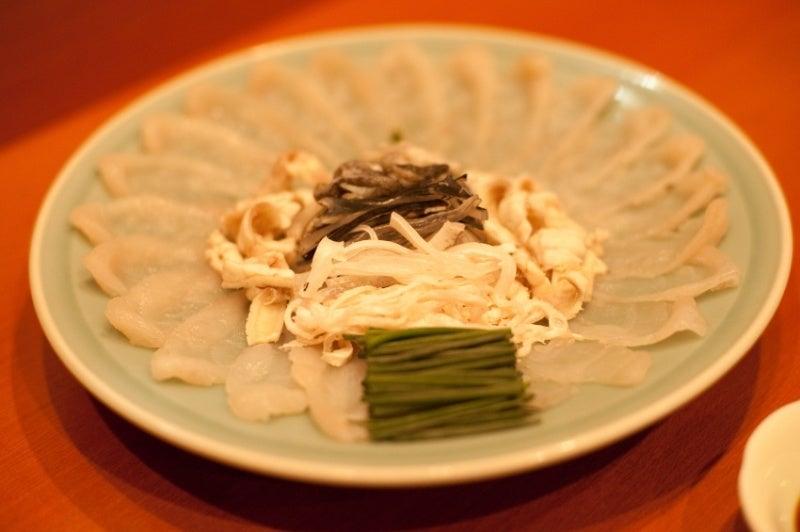 $東京で、日本一分厚い!!フグの薄造りを出す店 魚料理『三代目魚熊』