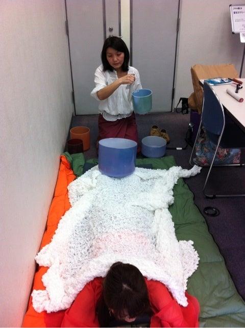 月の木  いわさきよしこ さん 9/30(日) 川崎癒しカーニバル出展紹介