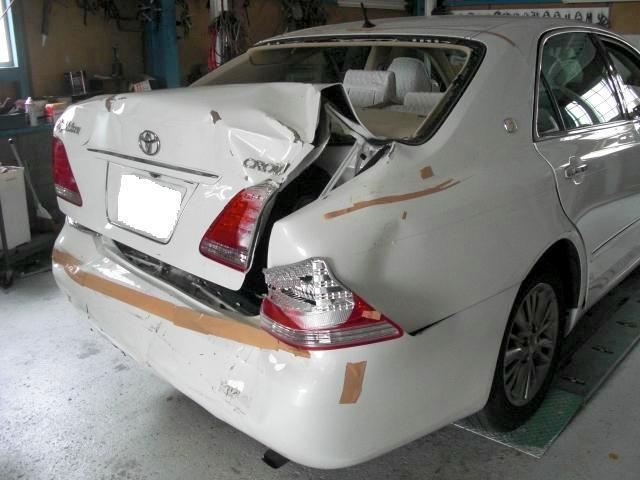京都の女職人が書く車のブログ☆★-CROWN 修理