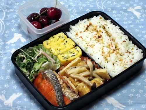 韓国料理研究家・ほんだともみのコリアンワールド-水菜とハムのナムル
