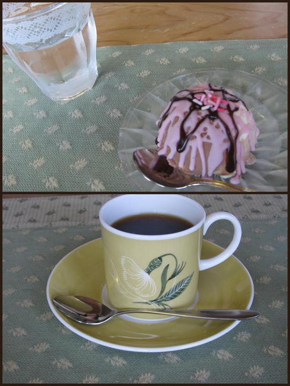 $みちのく遊歩道・Camellia dining