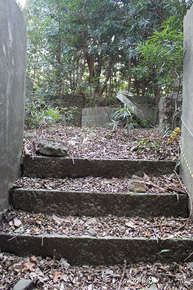 $遺産、遺跡を求めて一人旅…時間と金がある限りw-友ヶ島第四砲台