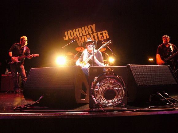 SNOW BLIND WORLD-JOHNNY WINTER