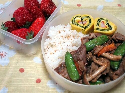 韓国料理研究家・ほんだともみのコリアンワールド-豚肉のプルコギ丼