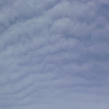 地震雲日和