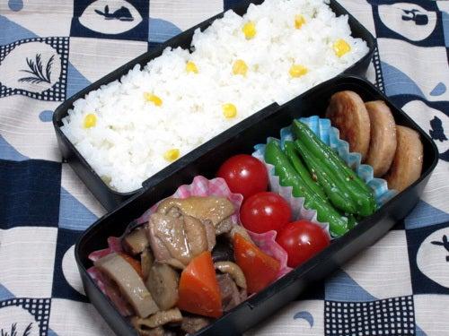 韓国料理研究家・ほんだともみのコリアンワールド-鶏肉と野菜の煮込み(チムタク)