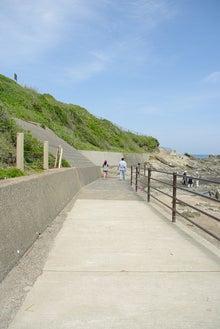毎日はっぴぃ気分☆-海辺の散歩道