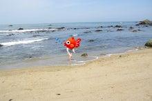毎日はっぴぃ気分☆-海に浸かる姫