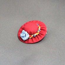 モルモットの帽子(レッド:ブルーローズ)