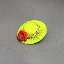 モルモットの帽子(ライトグリーン:レッドローズ)