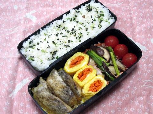 韓国料理研究家・ほんだともみのコリアンワールド-ニンニクの芽としいたけの炒め物