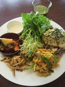 ローフードカフェ Raw8 Cafe-2012053111520000.jpg