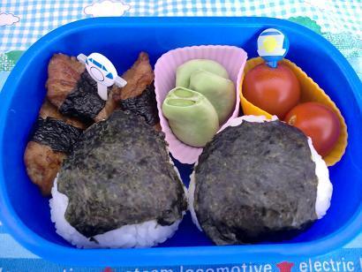 幼稚園男児のお弁当とハンドメイド作品-20120528-2