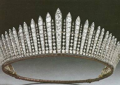 Time Tested Beauty Tips * Audrey Hepburn Forever *-Queen Mary Fringe Tiara