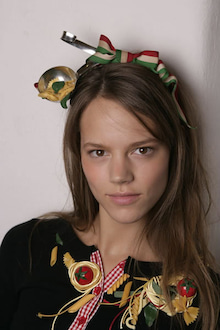 Freja-Moschino Cheap & Chic ss06 4