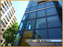 Kirin's Cafe  Style  /  カフェ・雑貨・グルメ & 街歩き-COLORADO 幕張 外観1
