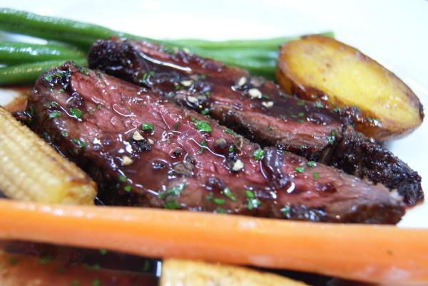 食べて飲んで観て読んだコト+レストラン・カザマ-サーロインステーキ