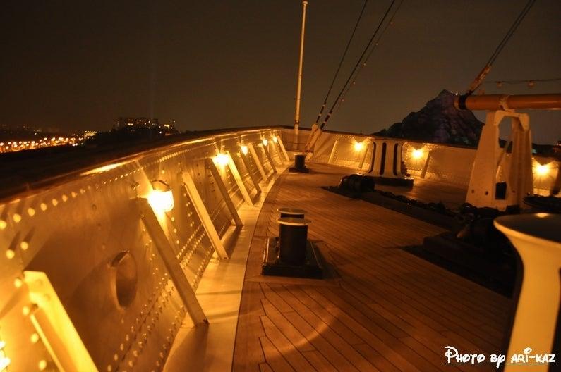 S.S.コロンビア号の甲板