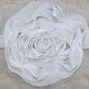 花のモチーフ、白3個