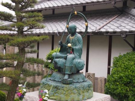 $秋田犬カイの日常-曼荼羅寺1