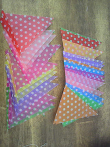 ガーランド カラフル ダイソー 折り紙