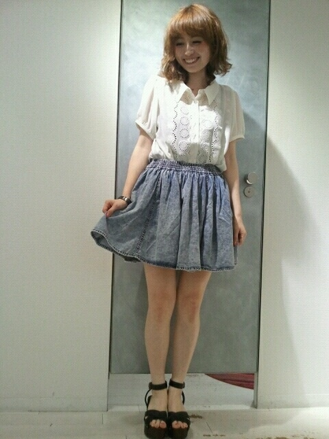 画像 : デニムスカートを可愛くおしゃれに着こなす春夏コーデ ...