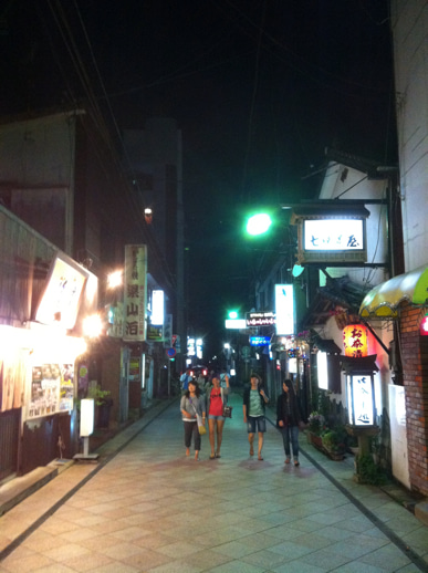 東京発~手ぶらで誰でも1からサーフィン!キィオラ サーフスクール&アドベンチャー ブログ-EC20120706081041.jpeg