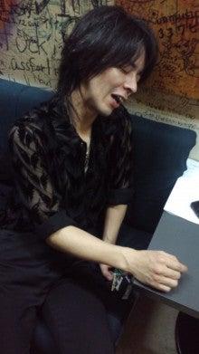 サザナミケンタロウ オフィシャルブログ「漣研太郎のNO MUSIC、NO NAME!」Powered by アメブロ-120505_2142~01.jpg