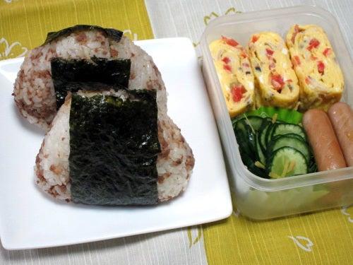 韓国料理研究家・ほんだともみのコリアンワールド-肉みそおにぎり