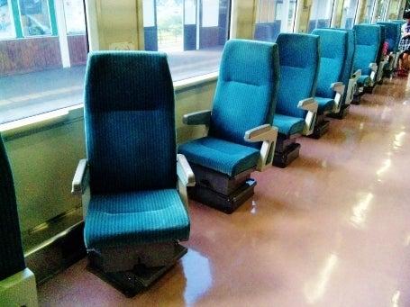 ヘッドマーク・鉄道デザイン博物館 -キハ110形・座席配置