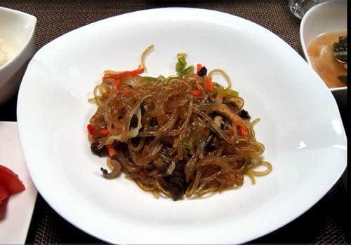 韓国料理研究家・ほんだともみのコリアンワールド-ンウォン アルミチャプチェ