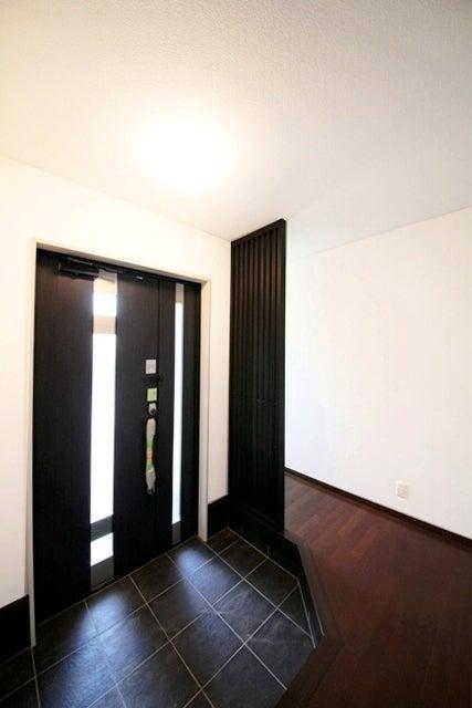徳島県で家を建てるならサーロジック-おしゃれな玄関