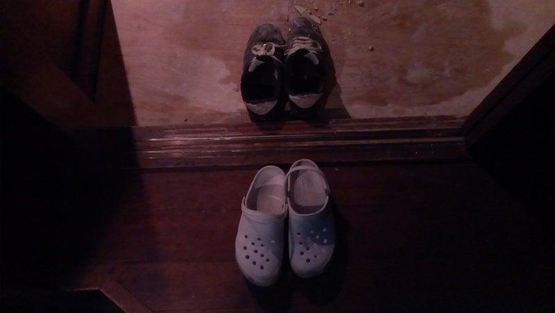 宮本善高 [建築なんでも相談室]のブログ-作業範囲と通路で靴を分ける