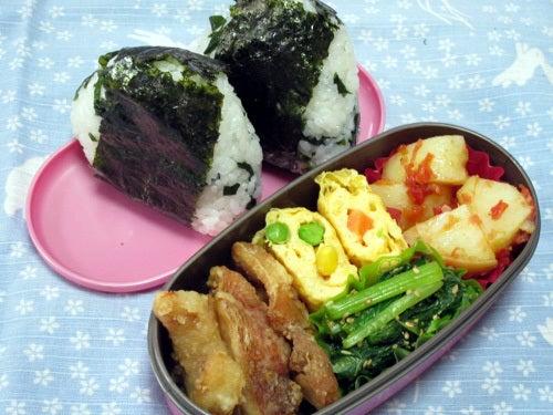 韓国料理研究家・ほんだともみのコリアンワールド-ワカメおにぎり