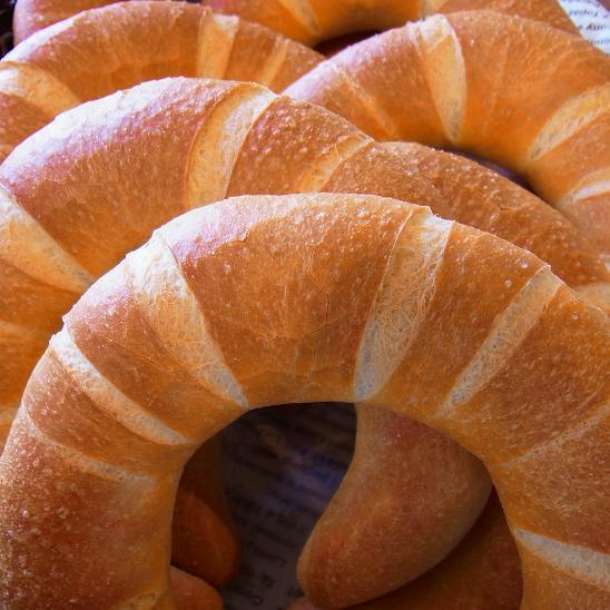 天然酵母で作る、焼きたてパンのお店