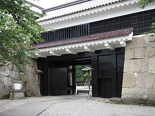 晴れのち曇り時々Ameブロ-鶴ヶ城表門