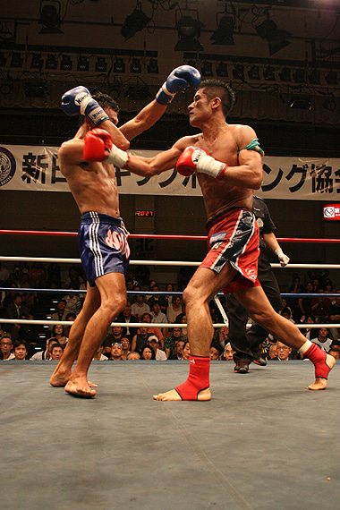 新日本キックボクシング協会-石井宏樹vsスアデット