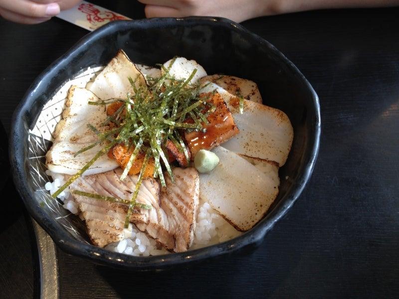 あぶり海鮮丼