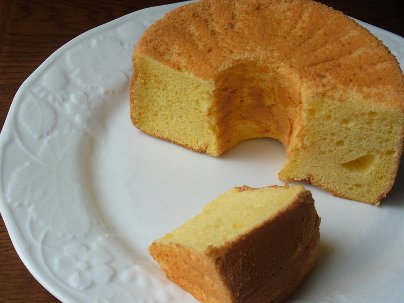 初心者でも簡単 ケーキ教室 プチ タ プチ Petit a Petit           基本の「き」からマスターできます♪-シフォンケーキ プレーン2
