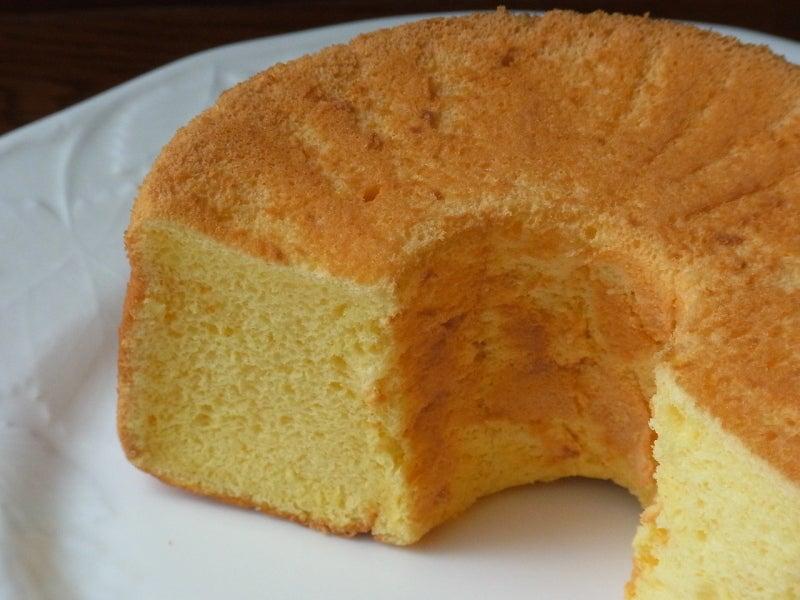 初心者でも簡単 ケーキ教室 プチ タ プチ Petit a Petit           基本の「き」からマスターできます♪-シフォンケーキ プレーン1
