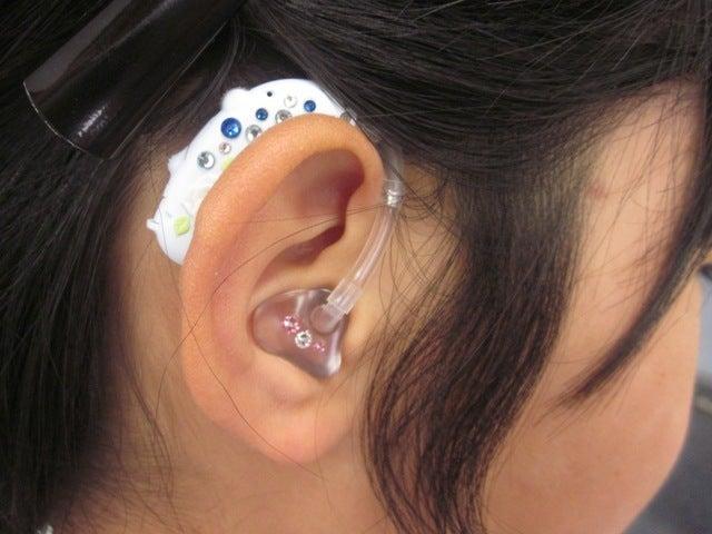 「わぁ~かわいい!」とデコ補聴器で弾ける笑顔!お問い合わせ最近の記事カテゴリアーカイブあいち補聴器センターTwitterFacebook