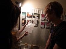 【COLORS.】クリエイター16名のポストカード展
