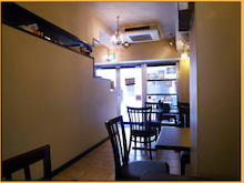 Kirin's Cafe  Style  /  カフェ・雑貨・グルメ & 街歩き-浅草 クローバーカフェ 店内