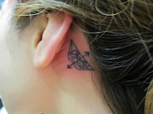 $女性彫師BETTYのアトリエ TattooStudio Laruche