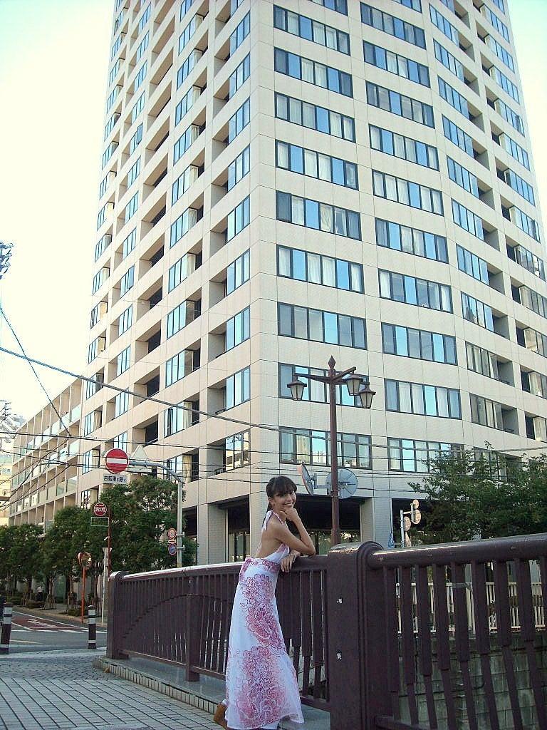 ■松田有真の幸運を引き寄せる!「ミラクルジュエリー」パワーストーン■-22階建て外観です