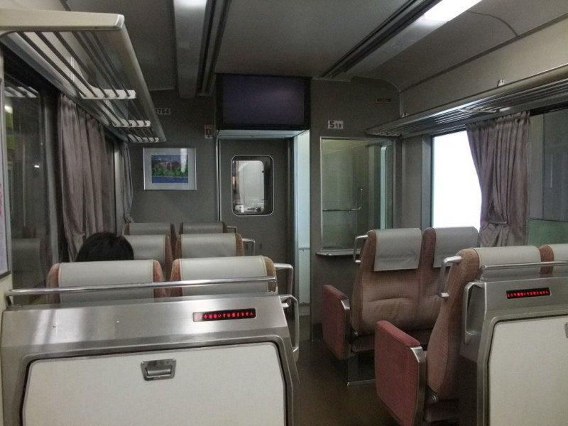 京阪テレビカー01